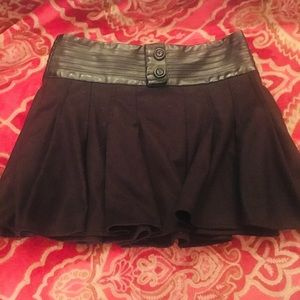GUESS black mini skirt with faux leather trim
